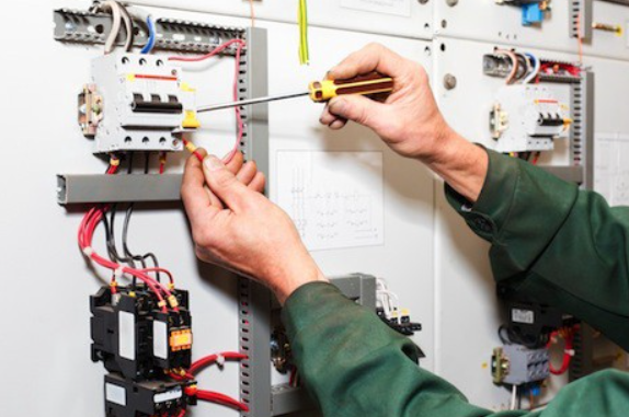 Keys To Find The Most Reliable Electricity Contractor